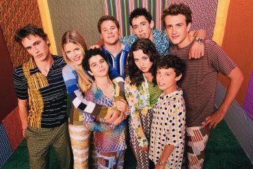cast-of-freaks-and-geeks-freaks-and-geeks-52367_1024_831