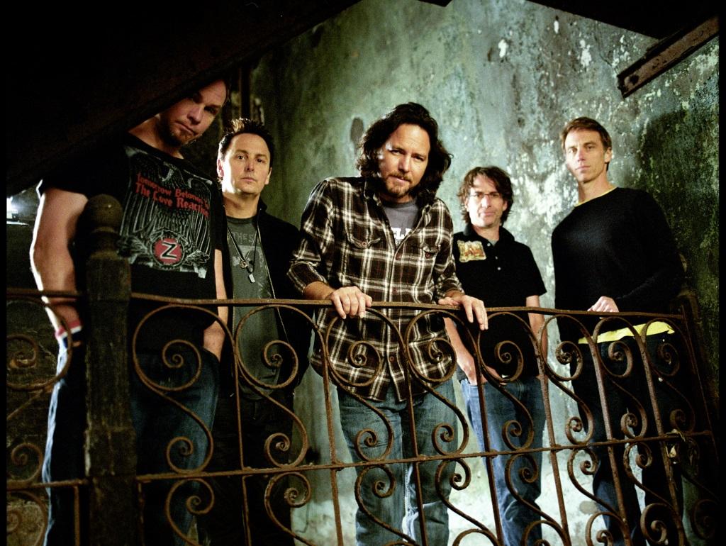 Lightning Bolt: I Pearl Jam cambiano registro